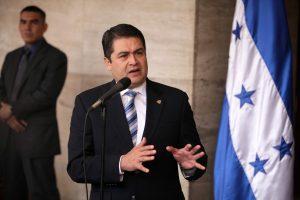 Juan Orlando Hernández podría confirmar mañana que va por la Reelección